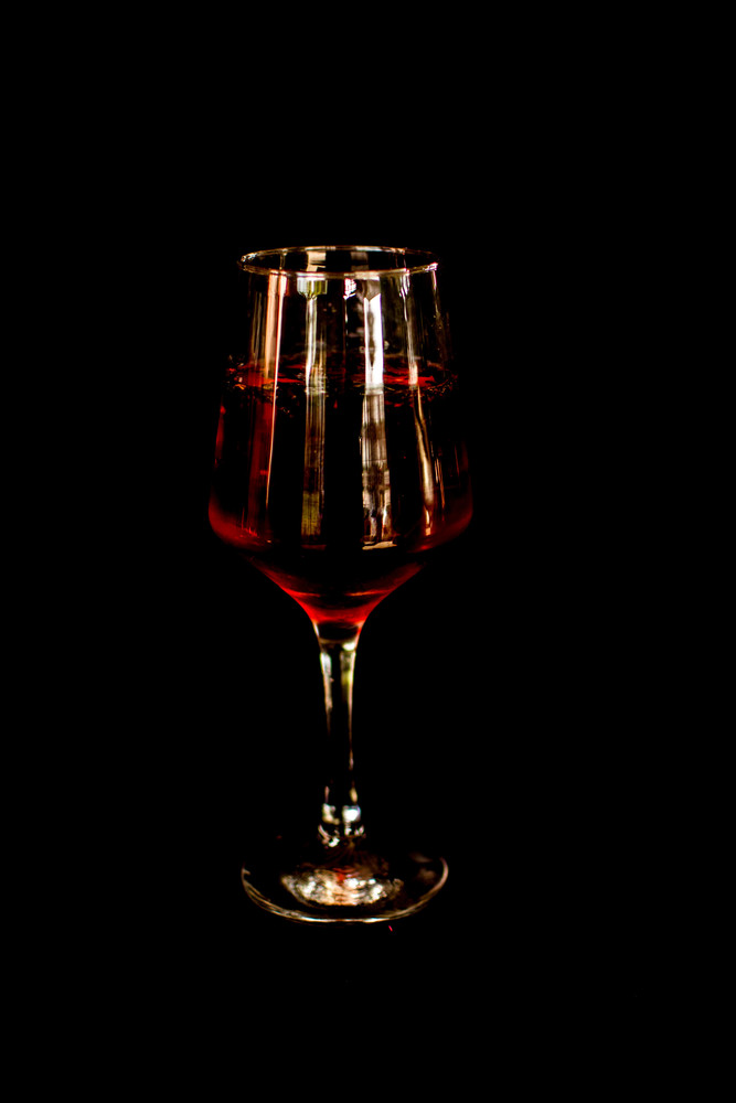Gin tônica com hibisco (gin)