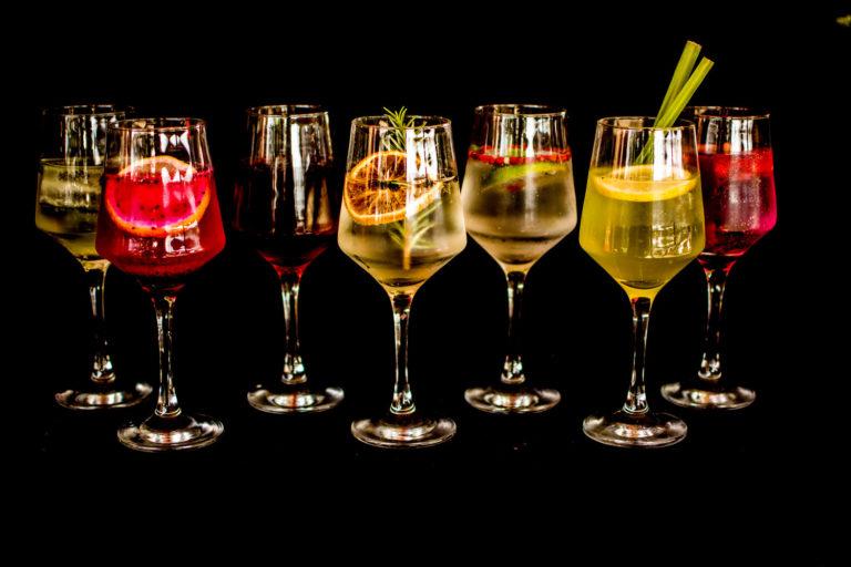 Gin tônica com variações (gin)